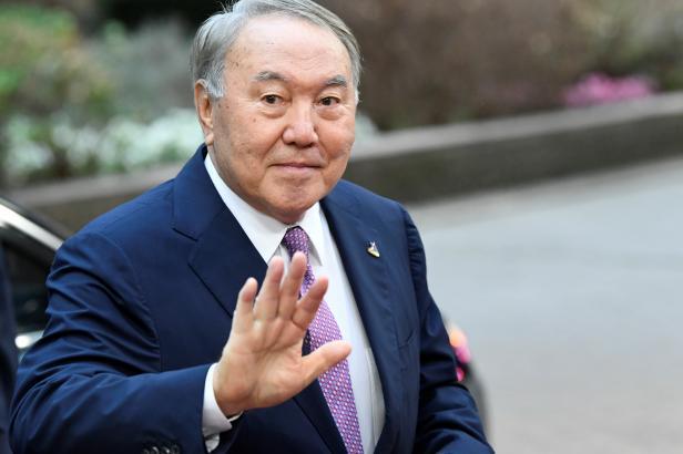 """""""Soudím, že vláda musí odstoupit,"""" řekl kazašský prezident. A vláda odstoupila"""