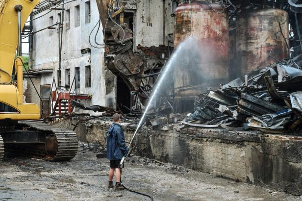 Požár Severochemy se vrací k okresnímu soudu, podmínku pro bývalého zaměstnance zrušil odvolací soud