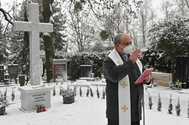 Na brněnském hřbitově vzniklo pietní místo pro nenarozené zesnulé děti