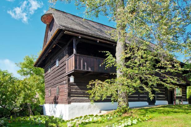 V dřevěném fojtství v Jasenné žilo 22 generací. Teď patří Národnímu muzeu v přírodě