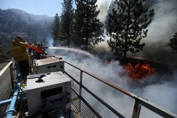 Hasičské vlaky vyjely do Kalifornie. Pomáhají s likvidací lesních požárů