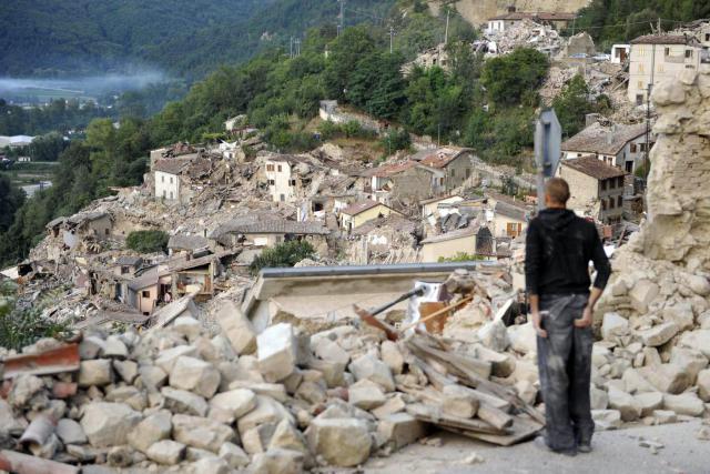 Zemětřesení v Pescara del Tronto
