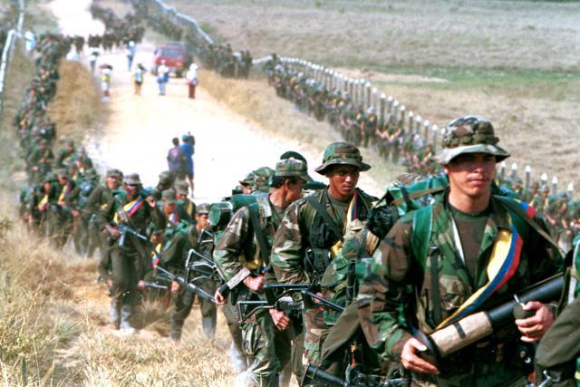 Rebelové z FARC v roce 1999