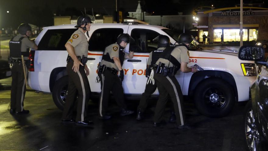 Video Události: Před rokem byl zastřelen Michael Brown
