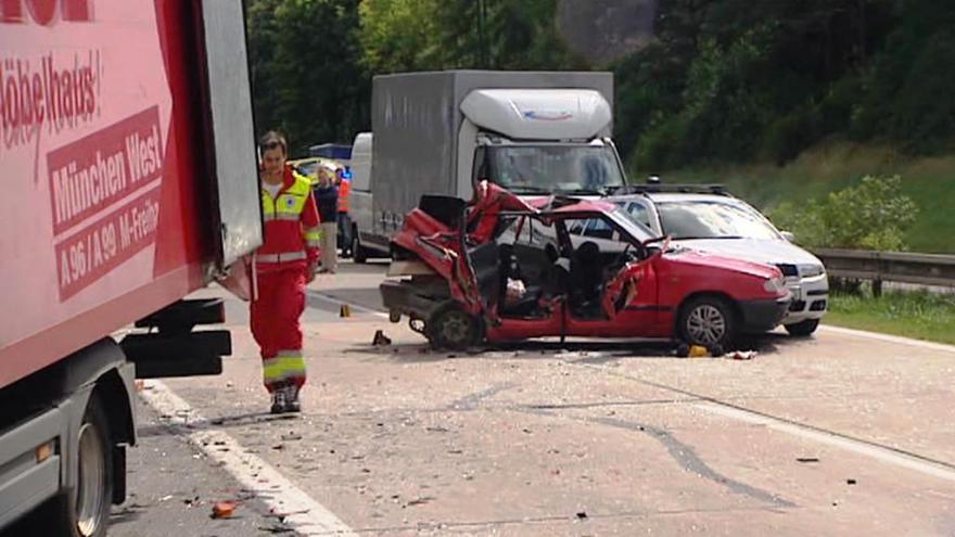 Video Bez komentáře: Nehoda čtyř aut na dálnici D1