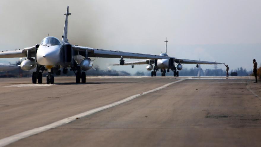 Video Rusko pokračuje v syrských náletech, útok na Palmýru ale popírá