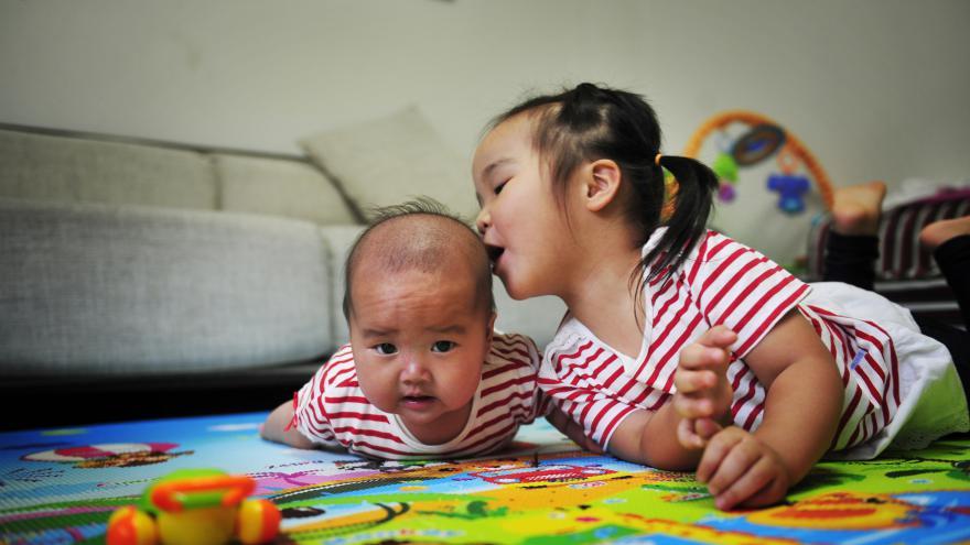 Video Události: Konec čínské politiky jednoho dítěte