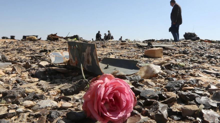 Video Zpravodaj ČT Szántó k vyšetřování pádu airbusu: Egypťané chtějí snížit napětí