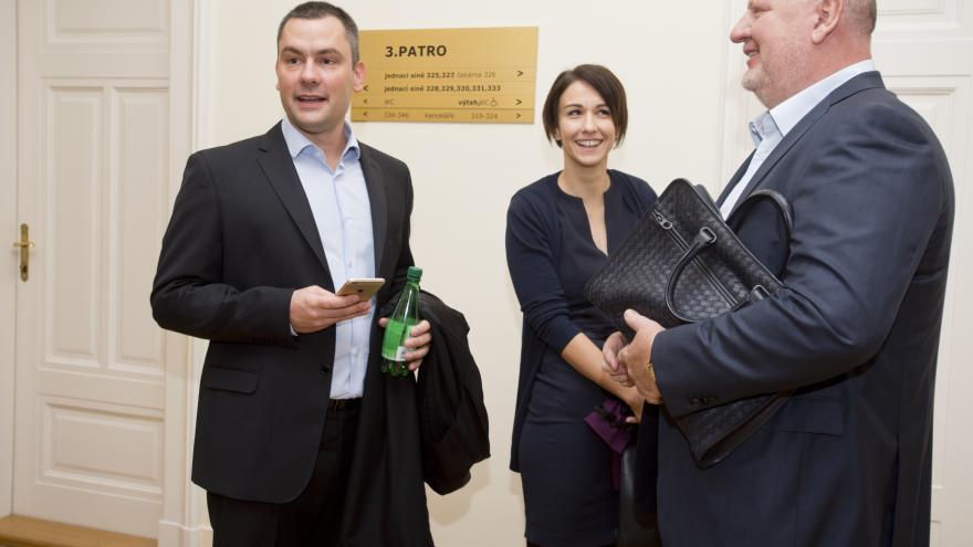 Video Události: Kauza Oleo Chemical. Ivo Rittig před soudem