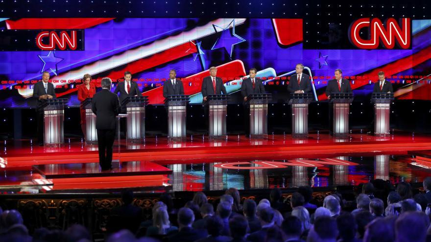 Video Události: Republikánské spory o bezpečnost USA