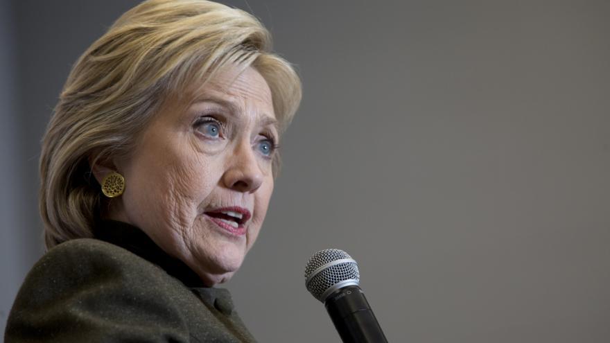 Video Anýž: Mladé Američanky by chtěly prezidentku, ale nemusela by to být Clintonová