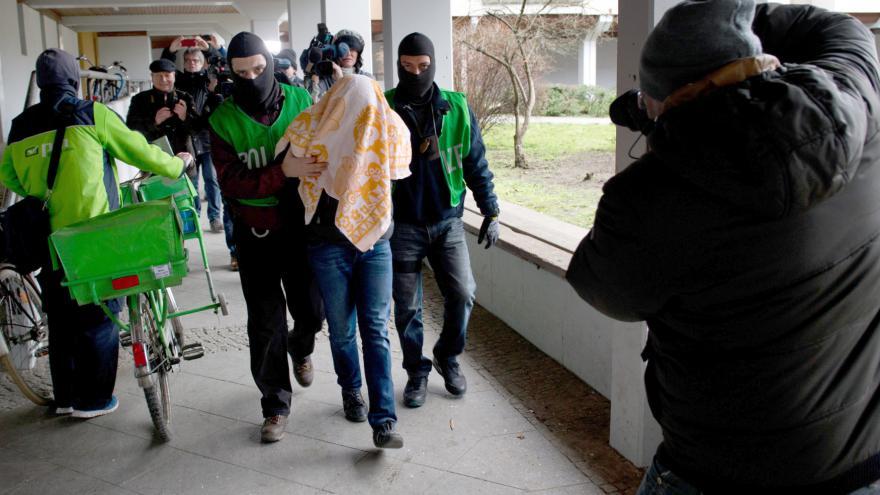Video Zpravodaj ČT k zátahům proti podezřelým islamistům v Německu
