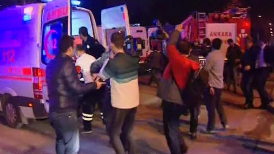 Video Syrští Kurdové odmítají odpovědnost za útok v Ankaře