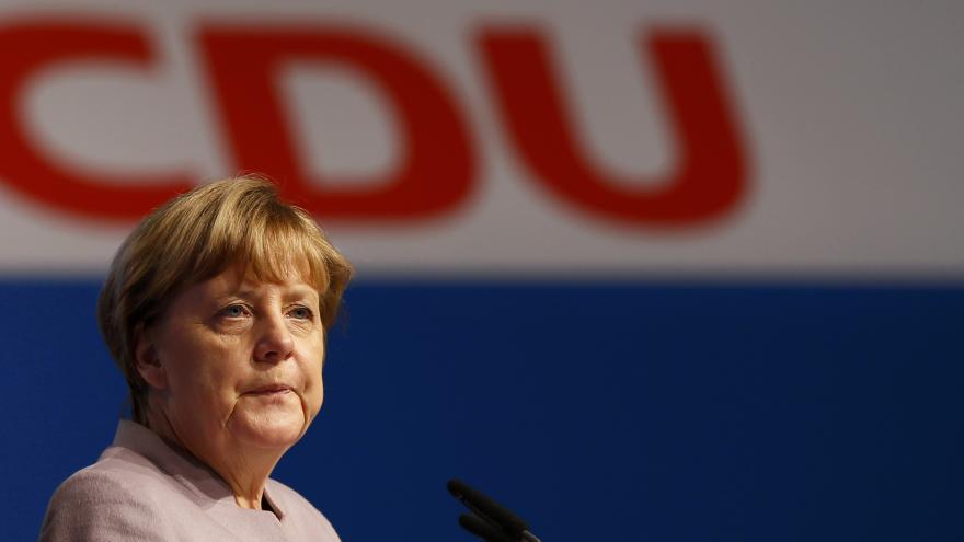 Video ŽIVĚ: Projev Angely Merkelové na sjezdu CDU