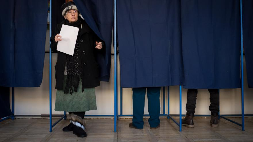 Video Volby v Rumunsku podle odhadů vyhráli sociální demokraté