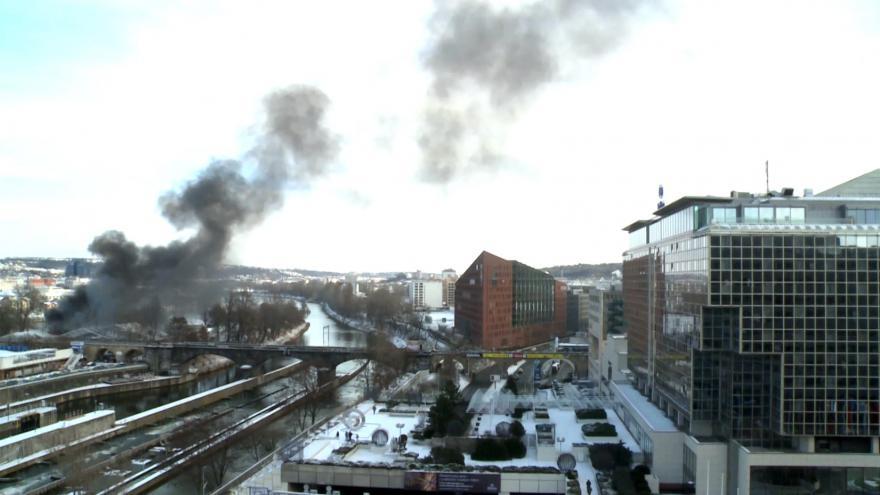 Video iReportér Tomáš Linhart: Požár na pražské Štvanici