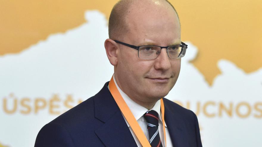 Video Sobotka po jednání grémia ČSSD oznamuje svůj odchod