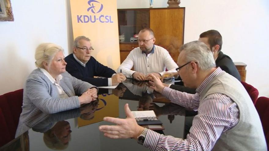 Video Pro koalici s ČSSD jsou Jihočeši 2012 i lidovci