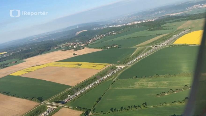 Video Letecké záběry kolon před uzavřenými tunely na pražském okruhu