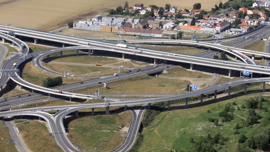 Video ŽIVĚ: Předvolební debata o dopravě a dopravní infrastruktuře