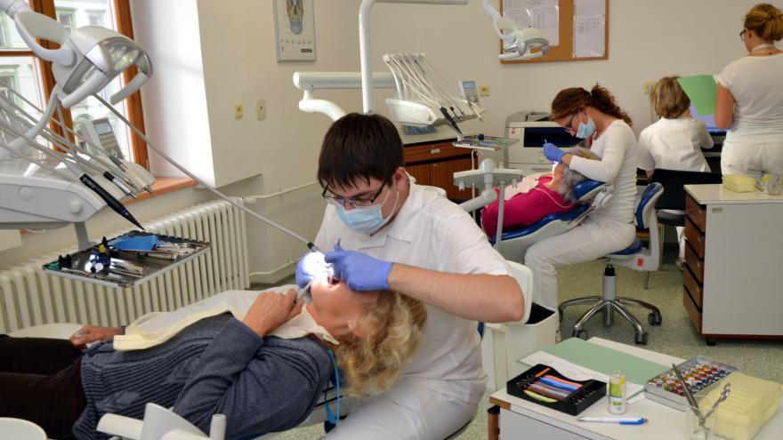 Video 90' ČT24 - Úroveň stomatologické péče v ČR