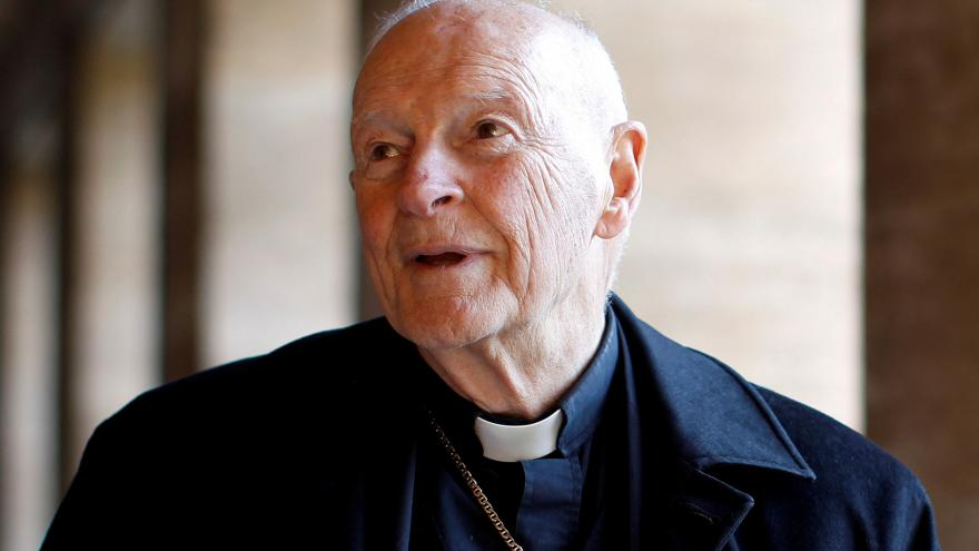 Výsledek obrázku pro papež odvolal kardinála pro pedofilii