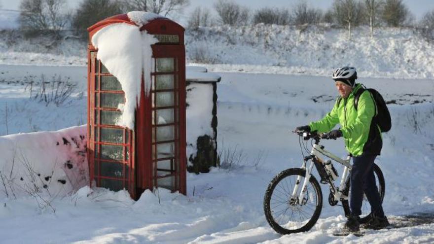 Video Velká Británie zažívá rekordní mrazy
