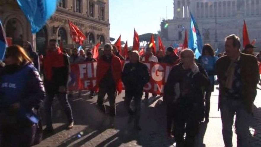 Video Horizont: Itálii ochromila generální stávka