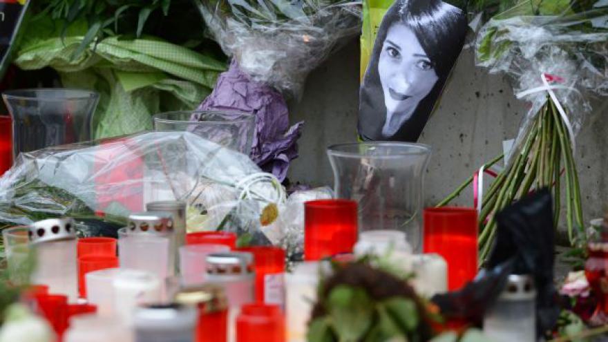 Video Smrt mladé hrdinky dojala celé Německo