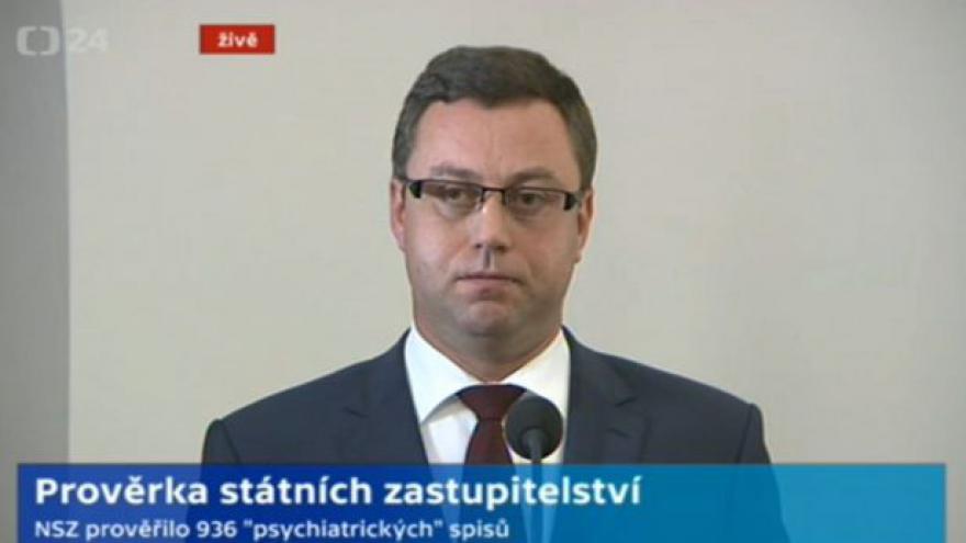 Video Brífink nejvyššího státního zástupce Pavla Zemana