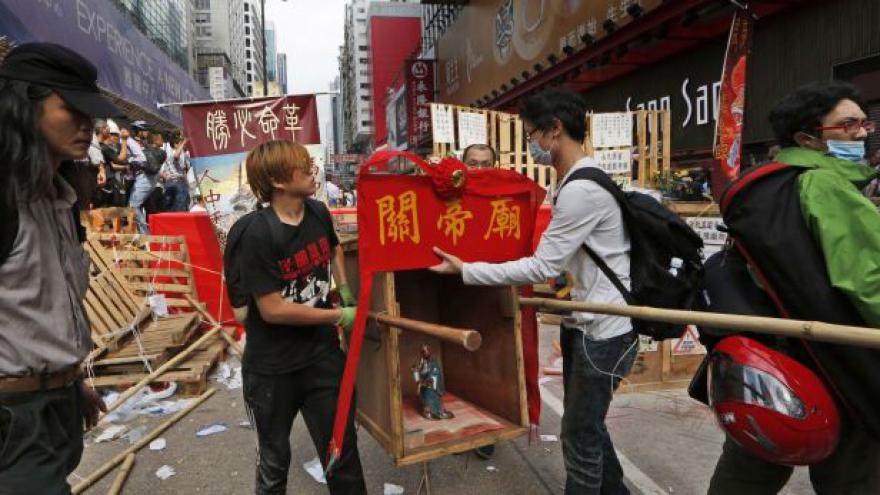 Video Události ČT: Vyklizení hongkongského Mong Koku