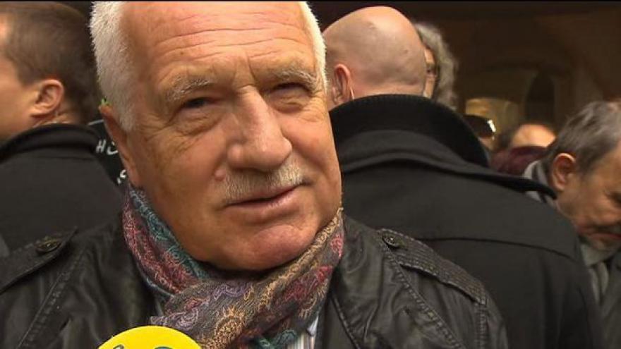 Video Klaus: Zásah na Národní byla brutální policejní akce