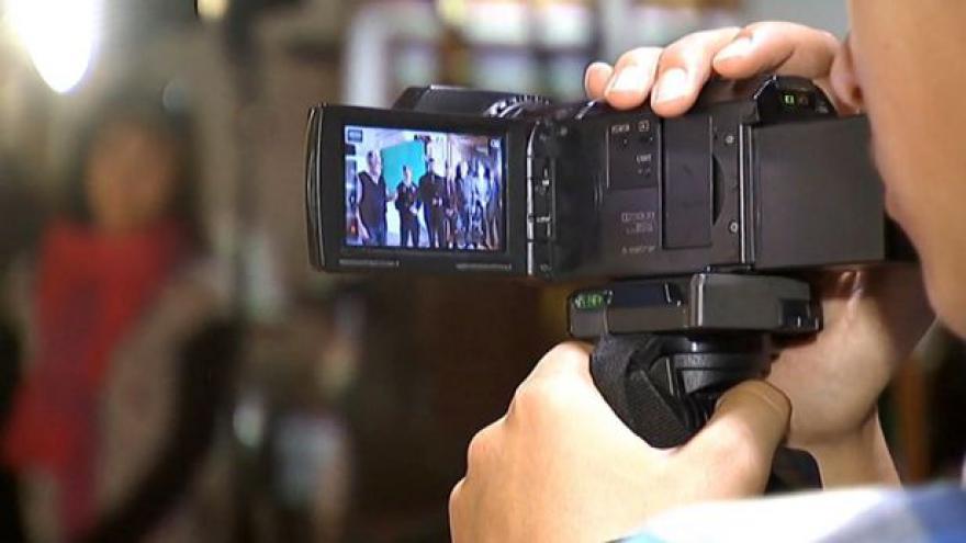 Video Na jilemnickém gymnáziu rozjeli TV Krkonoše