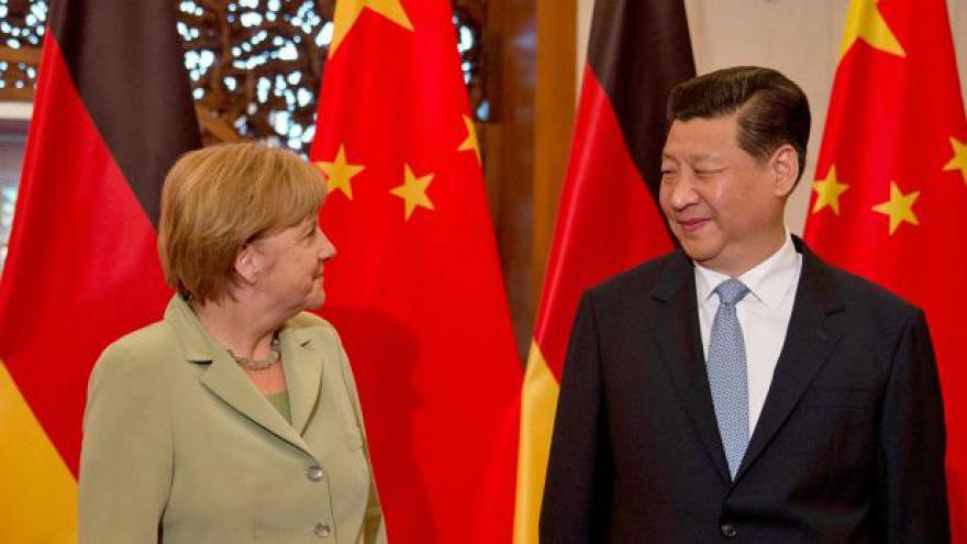 Video Horizont ČT24: Výkyvy čínské a německé ekonomiky