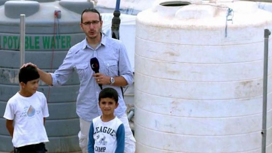 Video Zpravodaj ČT natáčel mezi kurdskými uprchlíky