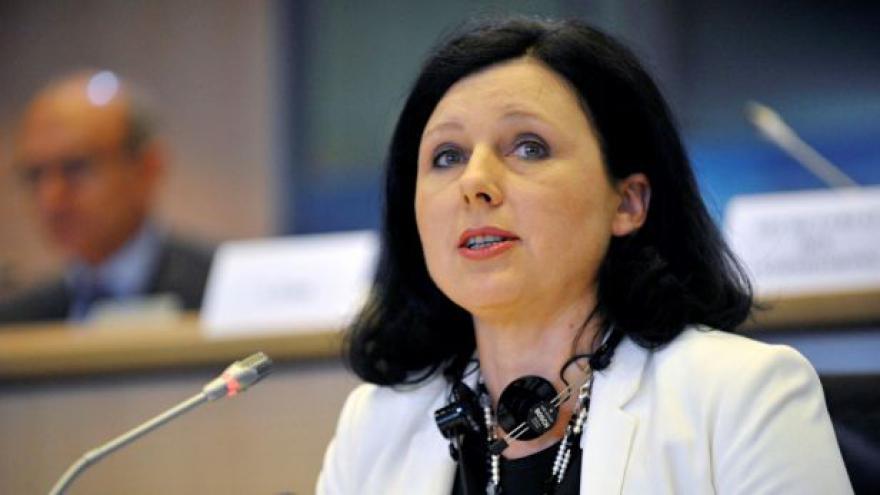 Video Čtyři výbory EP schválily Věru Jourovou