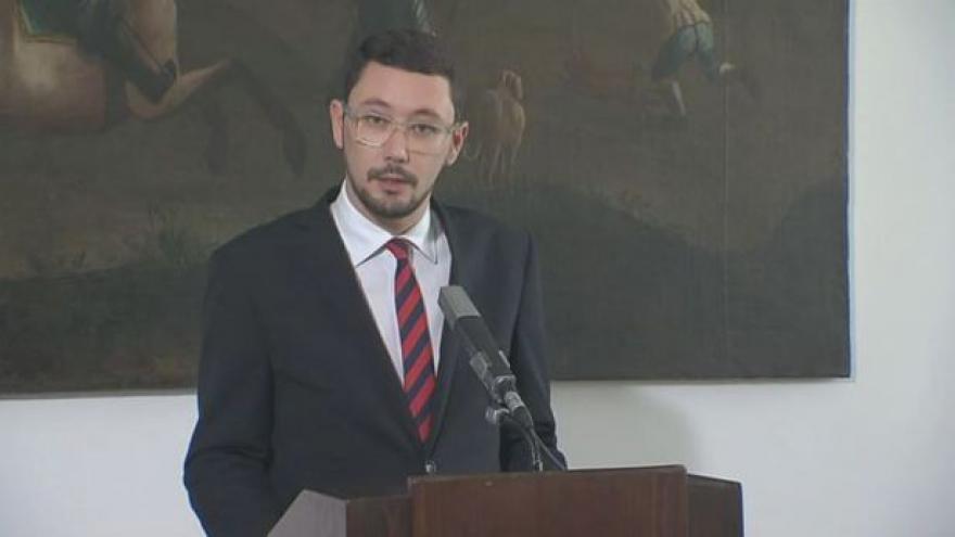 Video Brífink tiskového mluvčího prezidenta republiky Jiřího Ovčáčka