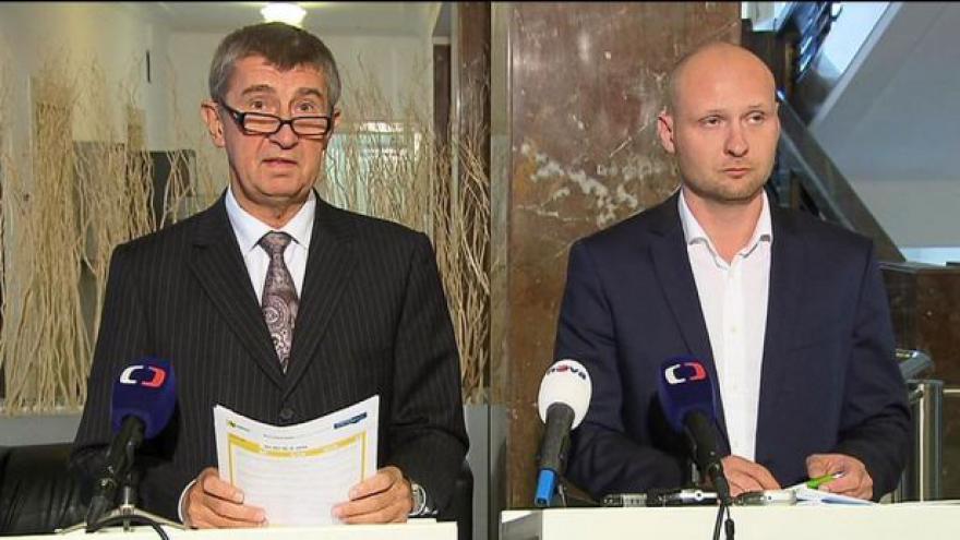 Video Brífink ministra Babiše a náměstka Wagenknechta
