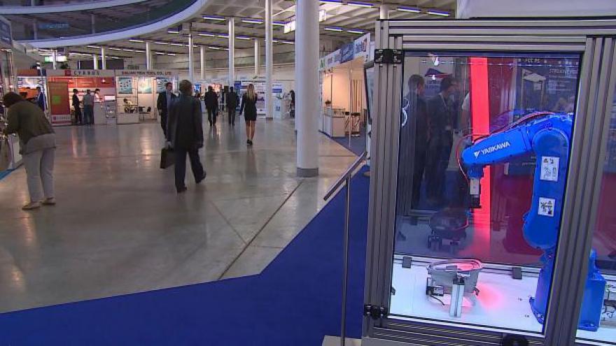 Video NO COMMENT: Mezinárodní strojírenský veletrh v Brně