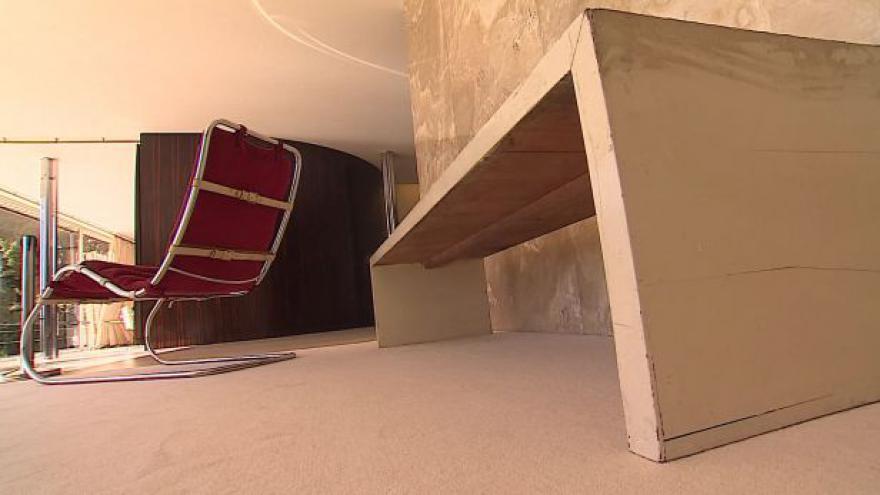 Video NO COMMENT: Původní nábytek je zpět ve vile Tugendhat