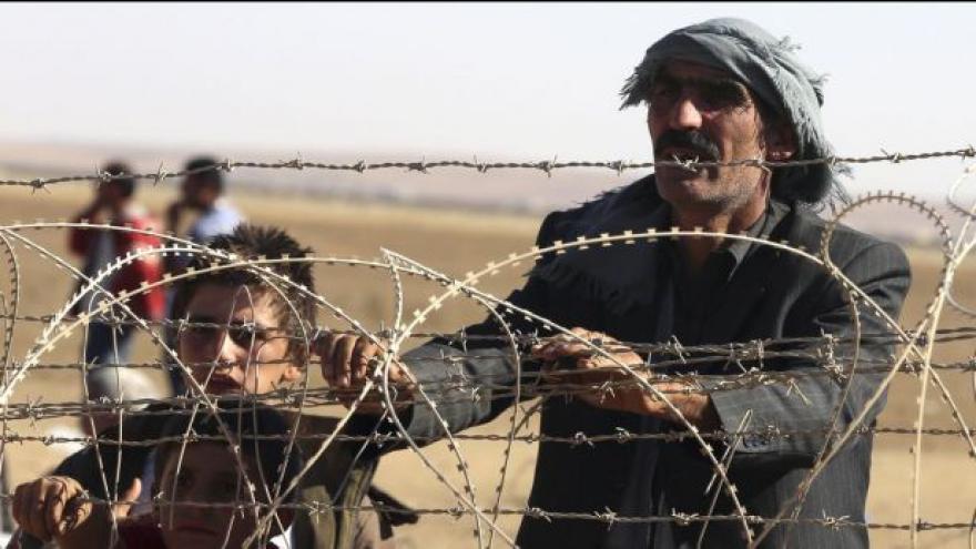 Video Turecko uzavírá část hranic před prchajícími Kurdy