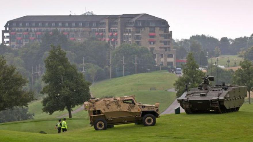 Video Komentátor ČRo Plus Jůn: NATO je na křižovatce