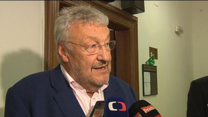 Video Ladislav Vostárek má podle soudu dostat půl milionu
