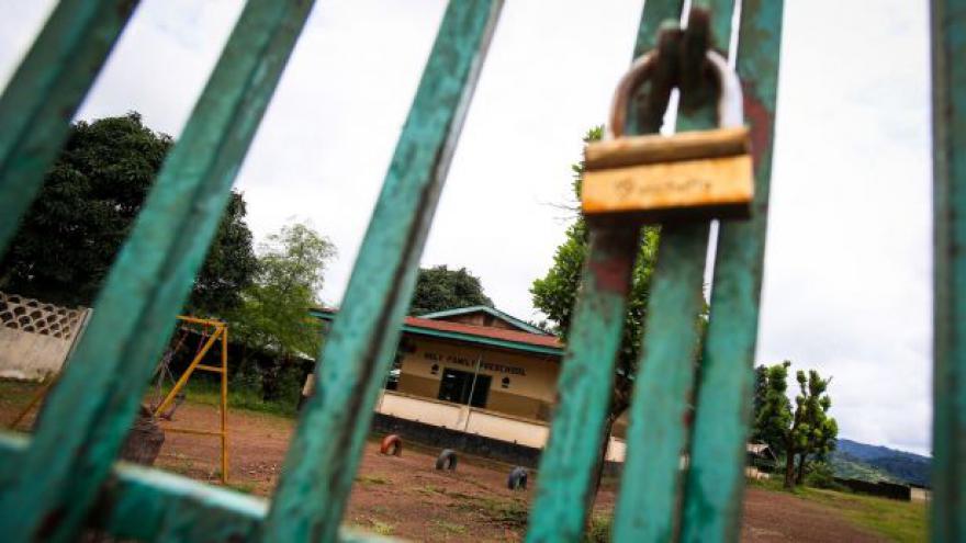 Video Šteflová z WHO: Riziko pro zavlečení eboly do Evropy je nízké