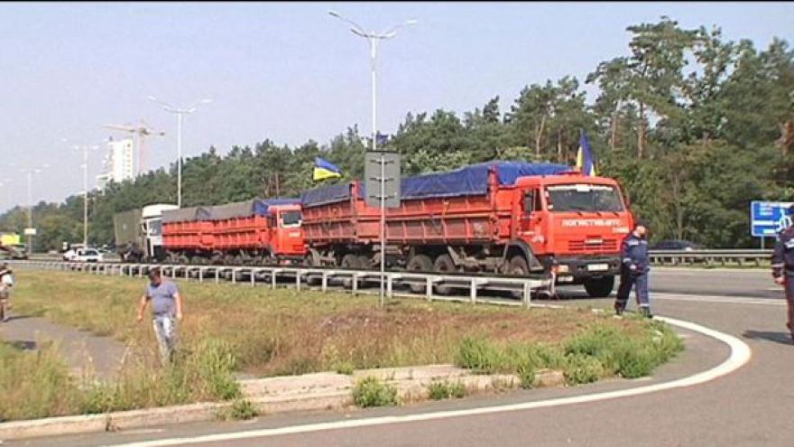 Video Horizont: Souboj konvojů na Ukrajině