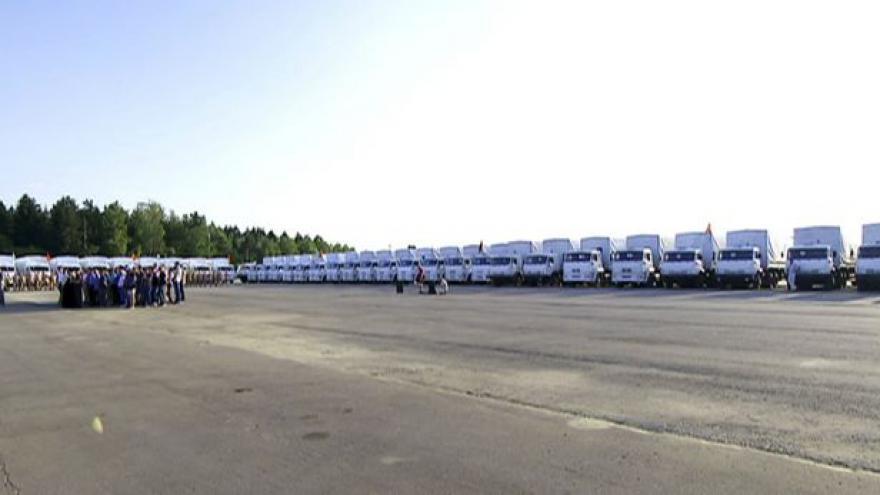 Video Události: Na Ukrajinu vyrazil ruský konvoj s pomocí
