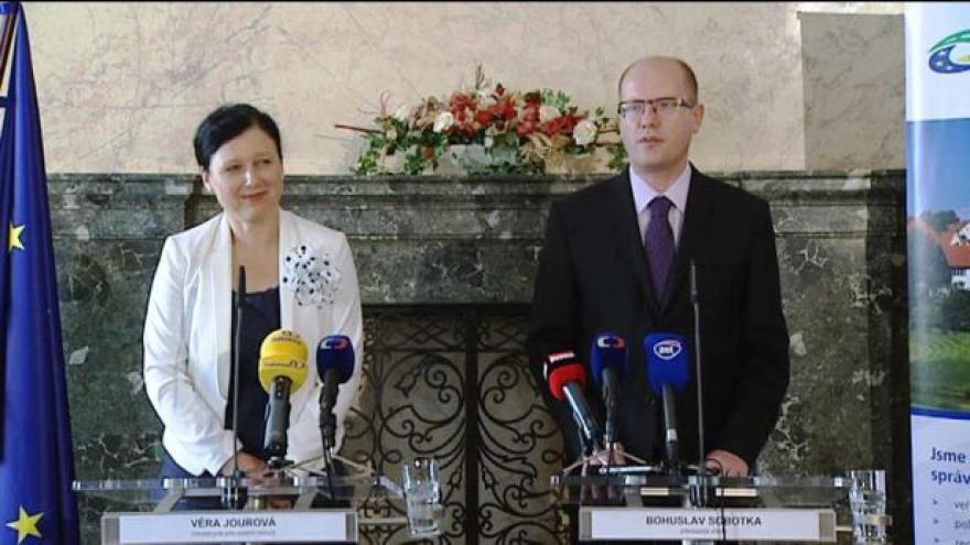 Video Sobotkova inspekce na ministerstvu pro místní rozvoj
