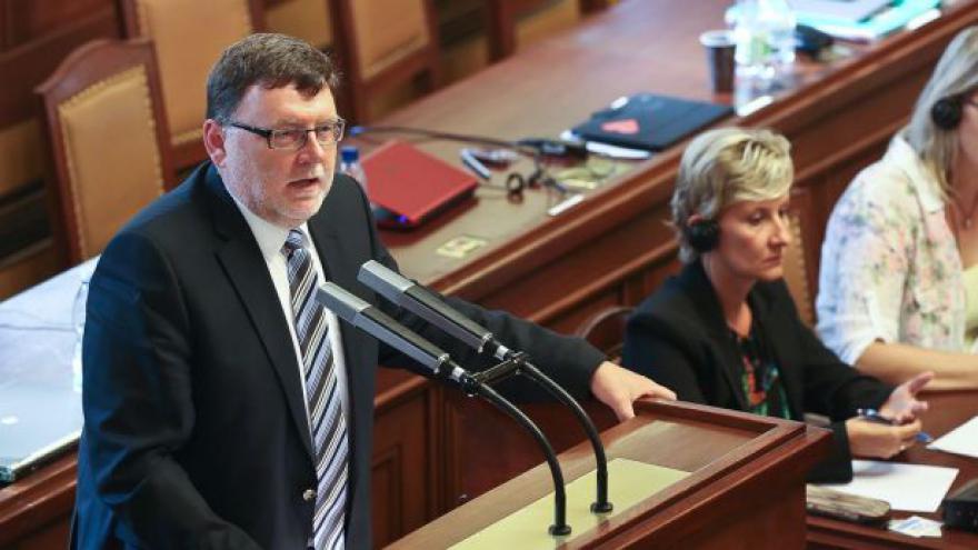 Video Sestřih sněmovní přestřelky: Poslanci se přeli o spotřební daň
