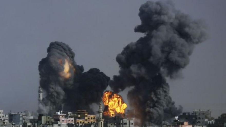 Video Počet mrtvých v Gaze přesáhl šest set