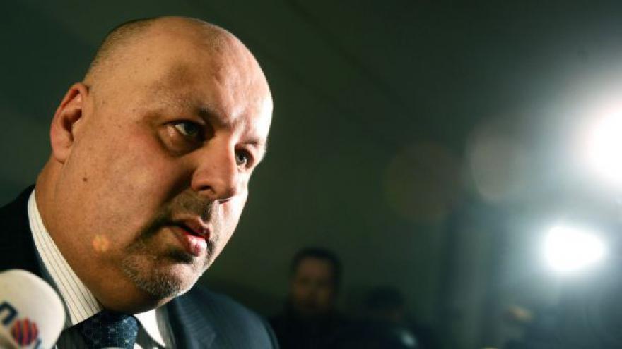 Video Exprezident policie Lessy chce odškodné 1,2 milionu